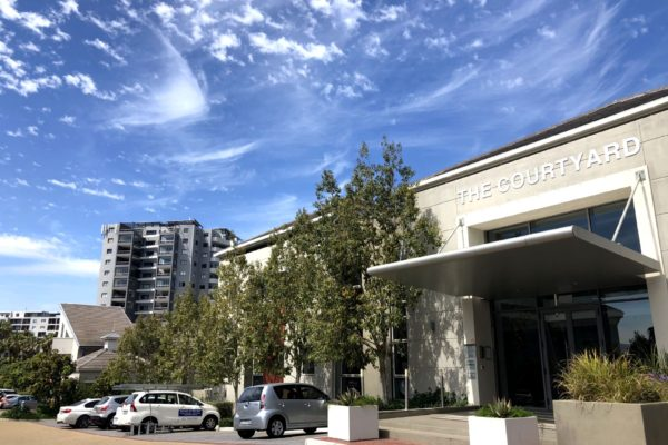 The Courtyard, Central Park, Century City - 600m²