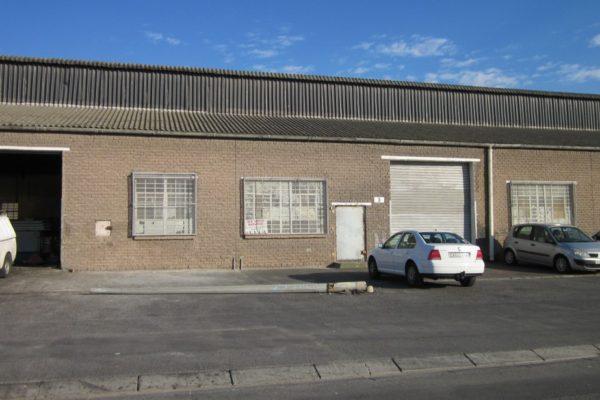 Luxmi Street, Athlone Industrial, Athlone - 225m²