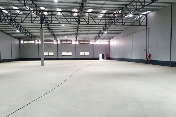 1,567m² - Brand new warehouse to let in Atlantic Hills