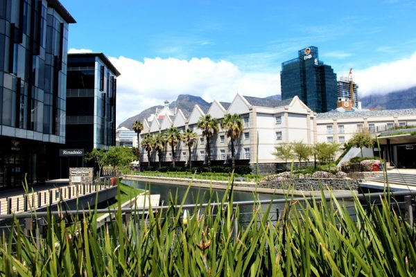 426.4m² - Premium retail / showroom Waterway House South, Canal District Waterfront