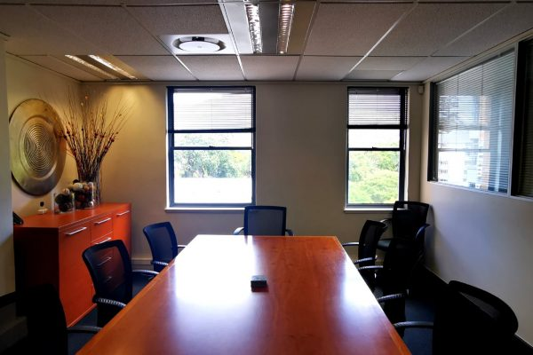 146m² - Newlands on Main mountain facing office with not a cent to be spent!