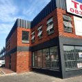 950m² – Prime exposure into Montague Drive, the premises would be suitable for; retail, showrooms and storage.