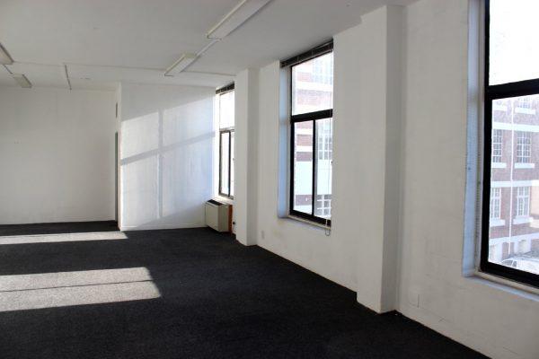 84m² - Earlgo Building 2nd floor office cnr Kloof & Park Road Gardens